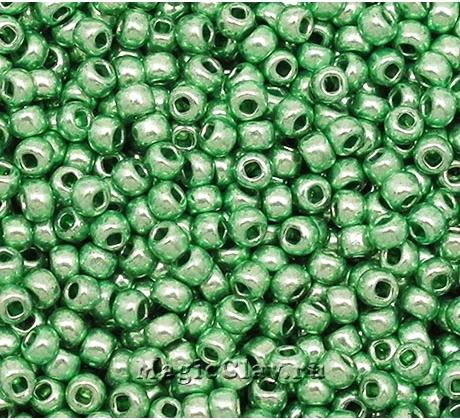 Бисер чешский 10/0 Кристалл, 18556 Green, 50гр